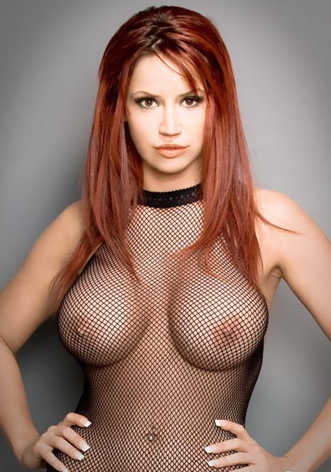 scharfes-stripgirl-im-geilen-netzbody